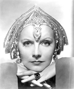 Greta Garbo 1 (of 48)